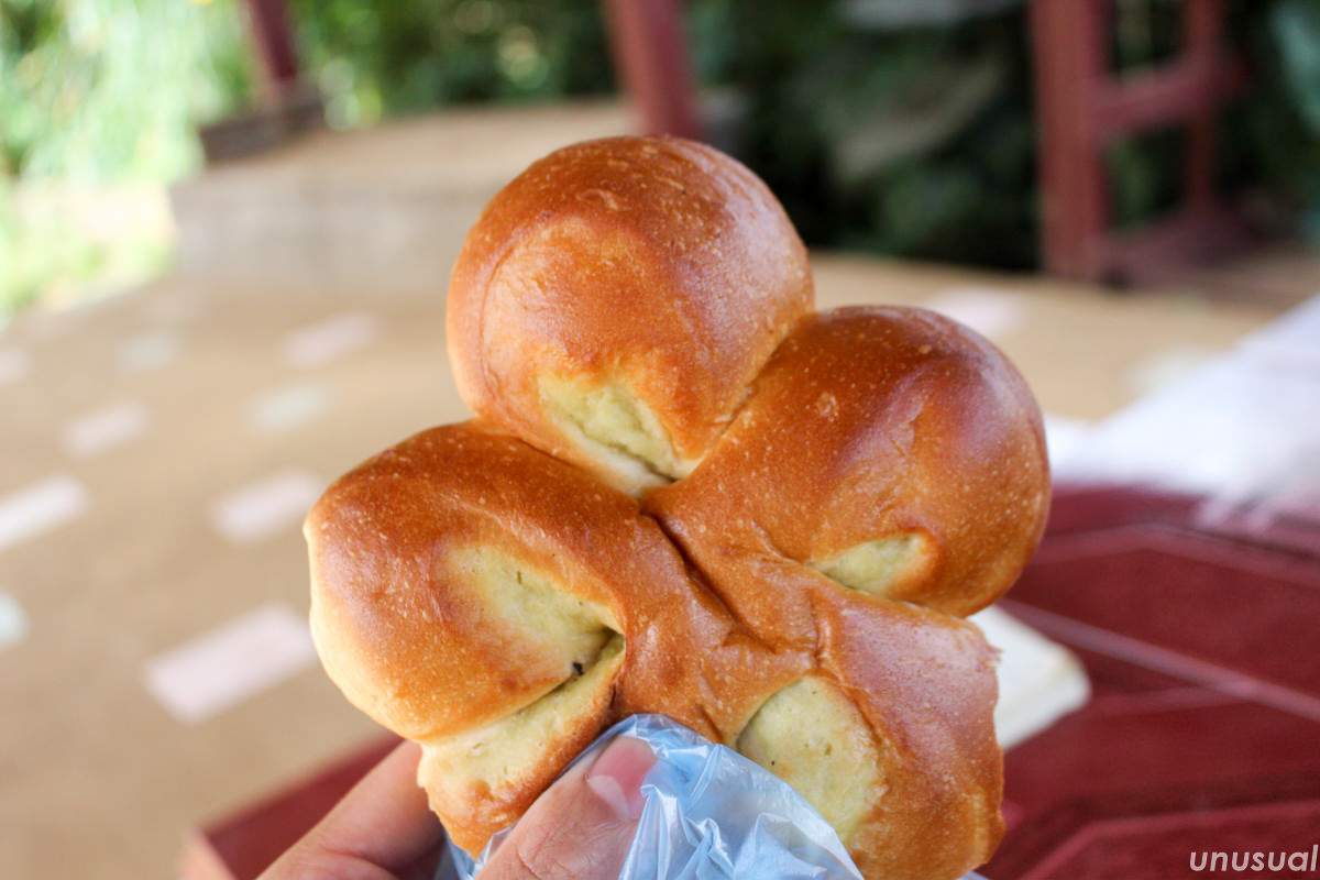ラオスのパン