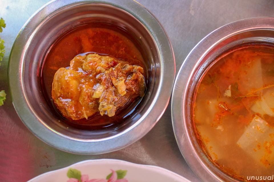 チャッターヒン(ミャンマーのチキンカレー)