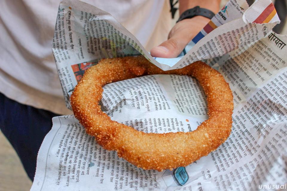 セルロティ(米粉の揚げドーナツ)