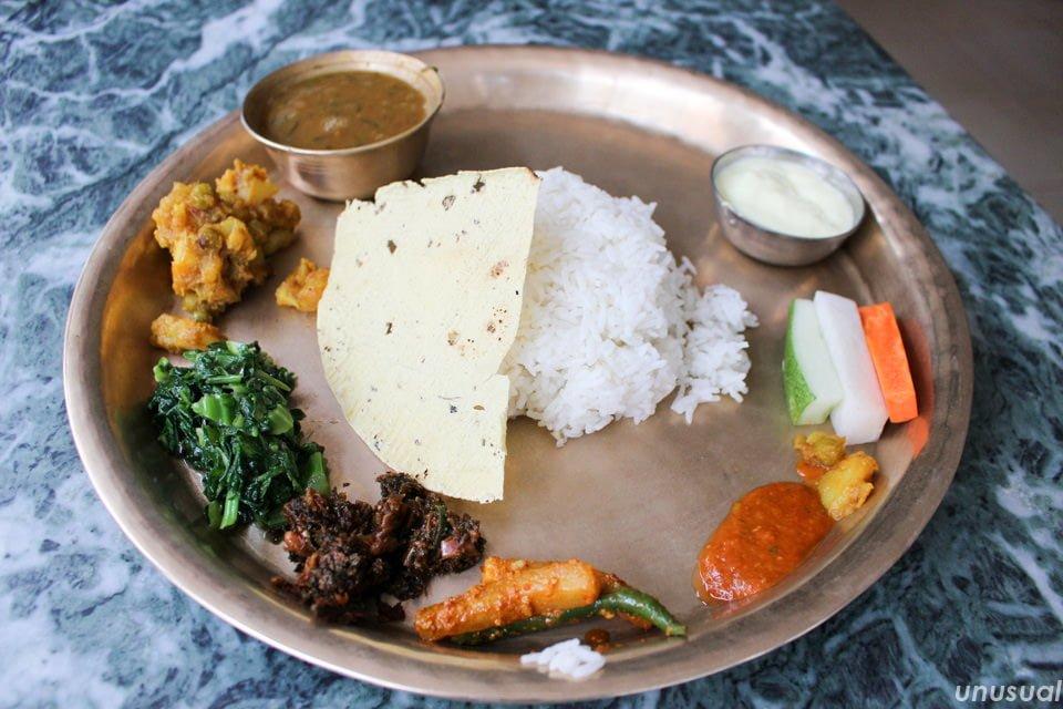 ネパールのベジダルバート