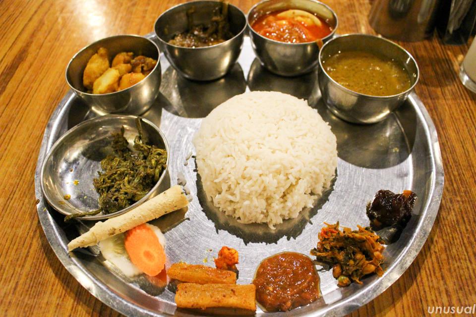 ネパール料理 ダルバート