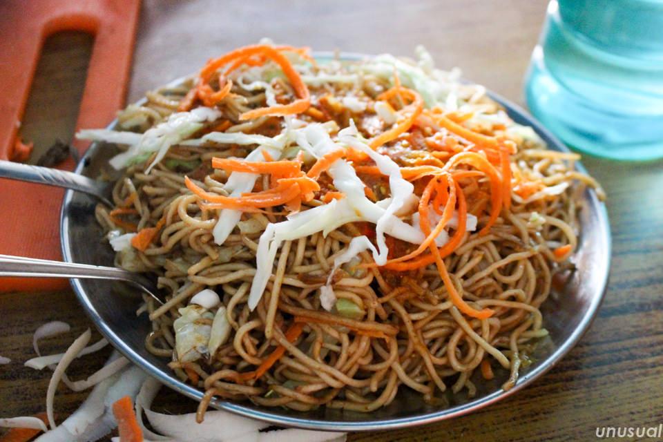 ネパール料理 チョーメン