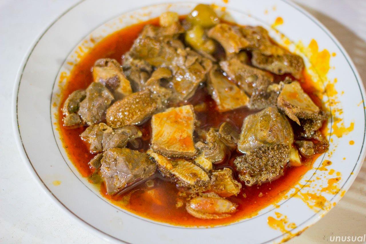 モロッコ料理 羊の内蔵(モツ)の煮込み
