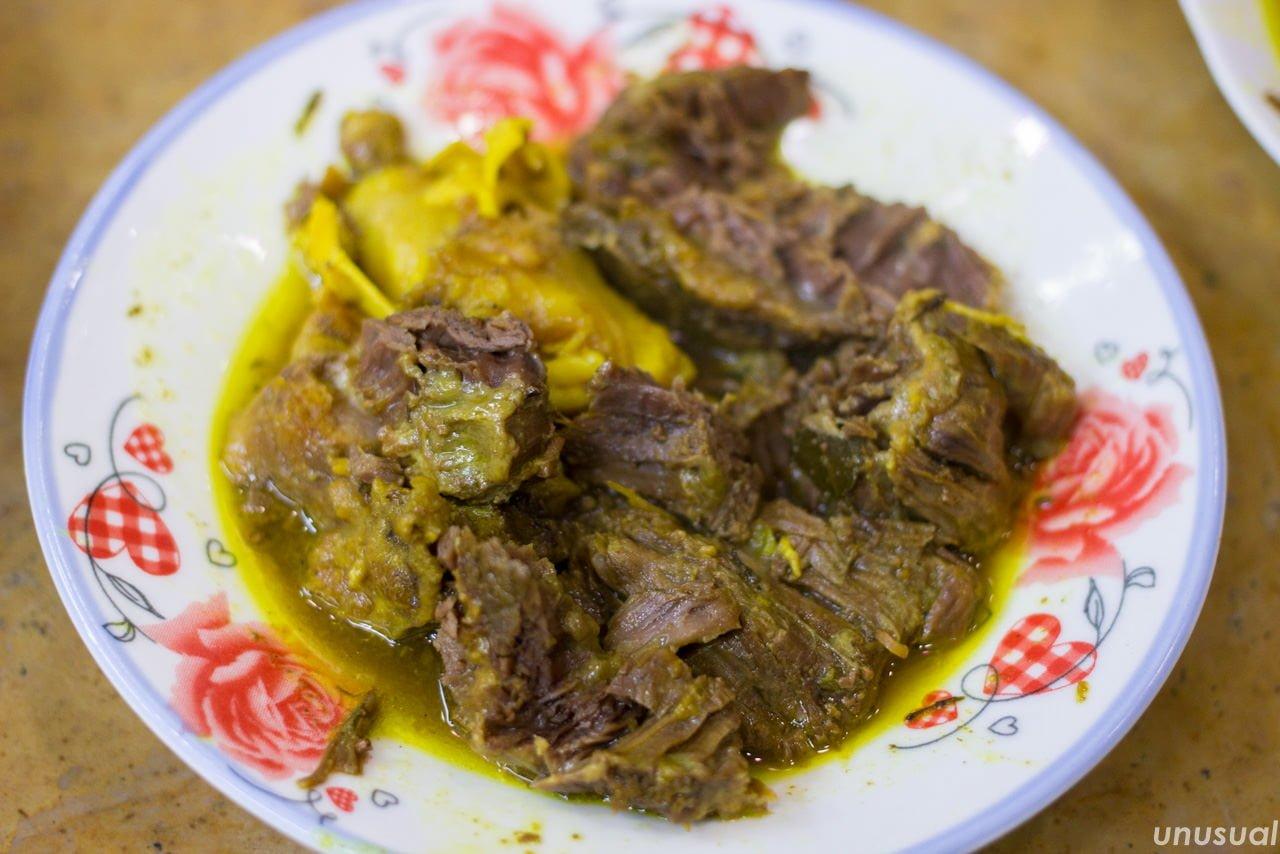 モロッコ料理 牛肉のタンジーヤ
