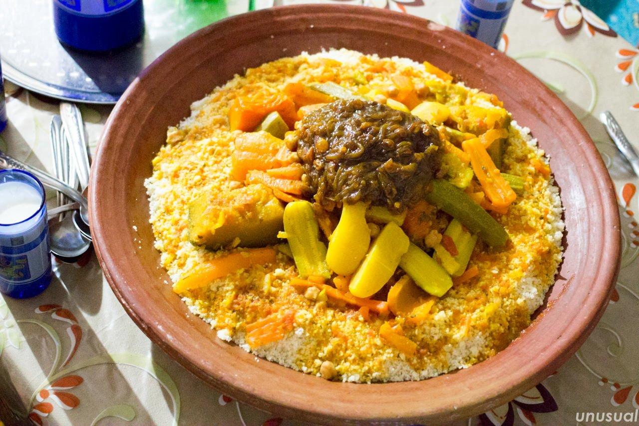 モロッコの家庭料理クスクス