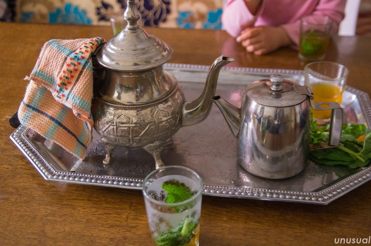 モロッコのミントティーの茶器セット